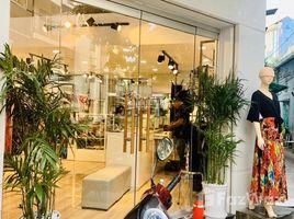 Studio Nhà mặt tiền bán ở Phường 9, TP.Hồ Chí Minh Q3, Rạch Bùng Binh - MT shop thời trang cao cấp, hình thật siêu đẹp