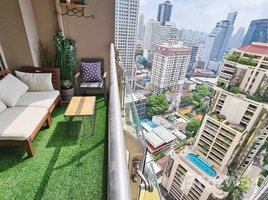 2 Bedrooms Condo for sale in Khlong Toei, Bangkok The Lakes