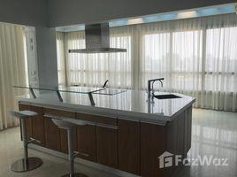 недвижимость, 3 спальни в аренду в , Cairo Nile view Luxurious penthouse in south for rent