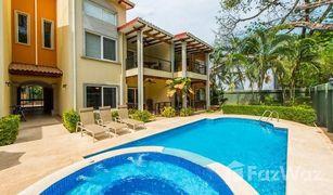 1 Habitación Apartamento en venta en , Guanacaste Villa Jazmin 102: One block to the Beach under $150