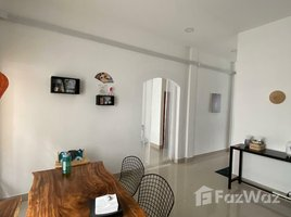 4 Bedrooms Townhouse for sale in Roluos, Phnom Penh Borey New World Kour Srov