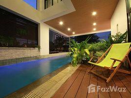3 Bedrooms Condo for sale in Lumphini, Bangkok Ruamrudee House