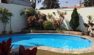 4 Habitaciones Propiedad en venta en La Molina, Lima