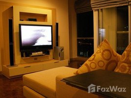 2 Bedrooms Condo for rent in Si Lom, Bangkok Silom Suite