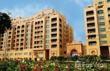 Golden Mile 7 in Marina Residences, Dubai