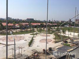 Studio House for sale in Huong Mac, Bac Ninh Bán shophouse tại làng nghề gỗ Đồng Kỵ, Từ Sơn Bắc Ninh. Diện tích 121,5m2