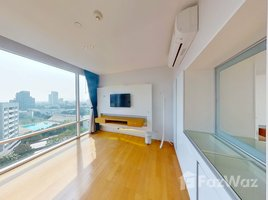 3 Bedrooms Property for sale in Khlong Tan Nuea, Bangkok Fullerton Sukhumvit
