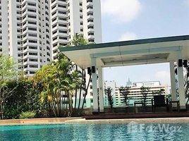 3 Bedrooms Condo for sale in Khlong Toei Nuea, Bangkok The Oleander