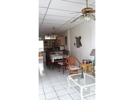 5 Bedrooms House for sale in La Libertad, Santa Elena For sale 2 story house 2 condos, Costa de Oro - Salinas, Santa Elena