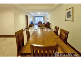 3 Bedrooms Apartment for rent in Monk's hill, Central Region Cavenagh Road