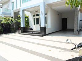 6 Bedrooms Villa for rent in Boeng Kak Ti Muoy, Phnom Penh New Modern 6 Bedroom Villa in Toul Kork | Phnom Penh