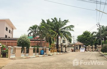 Baan Krongthong in Bang Kaeo, Samut Prakan