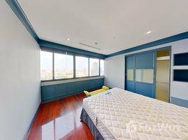 3 Bedrooms Condo for sale in Bang Phongphang, Bangkok Royal River Place