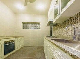 5 Bedrooms Property for rent in Khlong Tan Nuea, Bangkok Townhouse for rent near BTS