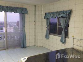 1 Bedroom Condo for sale in Saphan Sung, Bangkok Niran Residence 8