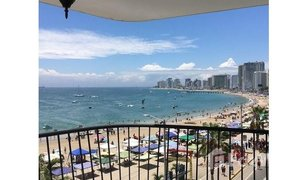 2 Habitaciones Apartamento en venta en Salinas, Santa Elena Salinas: 2 bedroom ocean-front condo with awesome balcony!
