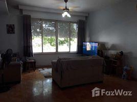3 Quartos Casa à venda em Porto Alegre, Rio Grande do Sul 3 Bedroom House for Sale, 270 m² for R $ 580,000