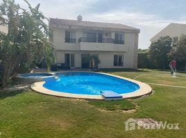 4 غرف النوم فيلا للبيع في , الجيزة Villa with Pool and Golf view in El Rabwa for sale