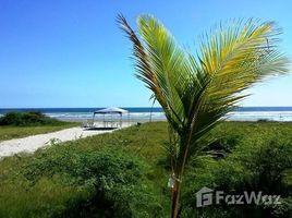 2 Habitaciones Apartamento en venta en Manglaralto, Santa Elena Beachfront Bliss
