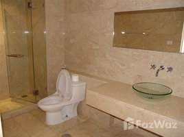 2 Bedrooms Condo for rent in Phra Khanong, Bangkok Silver Heritage