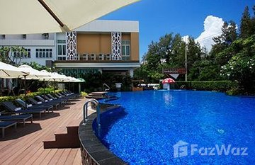 Golden Beach Hotel in Cha-Am, Phetchaburi