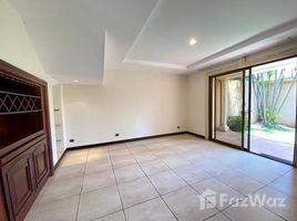 3 Habitaciones Apartamento en alquiler en , San José House in Condominium for Rent 3 Bedrooms Santa Ana