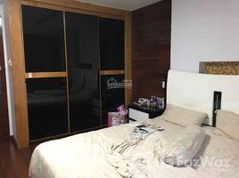 Studio Nhà mặt tiền bán ở Tân Phong, TP.Hồ Chí Minh Kẹt tiền cần bán gấp KS ngay PMH, Q.7. Đang cho thuê 200tr/tháng, kinh doanh tốt. LH +66 (0) 2 508 8780