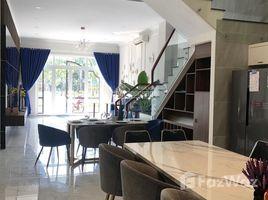 4 Phòng ngủ Biệt thự bán ở Bình Trị Đông B, TP.Hồ Chí Minh Bán nhà phố Tên Lửa, mới, quận Bình Tân, SHR, DTSD 260m2, chính chủ. LH +66 (0) 2 508 8780 Tuấn