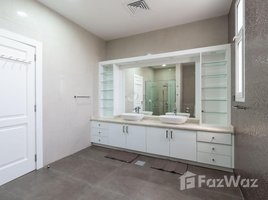 5 Bedrooms Villa for rent in , Dubai The Centro