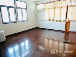 2 Bedrooms House for rent in Khlong Tan, Bangkok House for sale