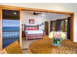 3 Habitaciones Apartamento en alquiler en Manglaralto, Santa Elena Moonlight- Twilight Tide Villa: Oceanfront luxurious apartment for rent in Manglaralto!