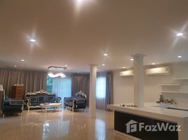 5 Bedrooms Villa for rent in Bang Ramat, Bangkok Baan Golden Heritage