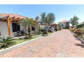 8 Habitaciones Casa en venta en Puerto De Cayo, Manabi Casa De Buhos: SOLD! Oceanfront Luxury Compound., Puerto Cayo, Manabí