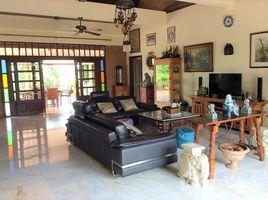 3 Bedrooms Villa for sale in Huai Yai, Pattaya Private Villa In Huay Yai