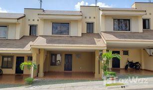 3 Habitaciones Propiedad en venta en , Heredia Condominio El Prado