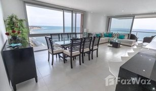 2 Bedrooms Property for sale in Manta, Manabi **VIDEO** Stunning furnished beachfront 2/2 in brand new building!