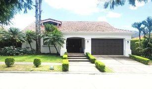 5 Habitaciones Propiedad en venta en , San José House for Sale Bosques de Lindora Santa Ana