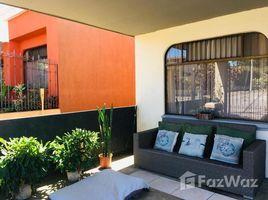 Heredia Casa con Apartamento Res. Puente de Piedra Heredia, Barva, Heredia 4 卧室 屋 售