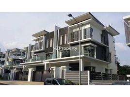 6 Bedrooms Townhouse for sale in Petaling, Selangor Serdang, Selangor