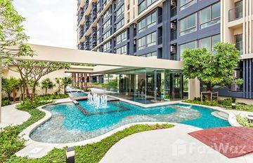 Casa Condo Asoke-Dindaeng in Sam Sen Nai, Bangkok