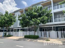 3 Bedrooms House for rent in Phu Huu, Ho Chi Minh City Nhà 1 trệt 2 lầu - khu compound Khang Điền - 3PN 3WC - an ninh 24/7 - tiện ở hoặc làm công ty