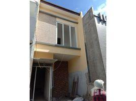 2 Bedrooms House for sale in Dukuhpakis, East Jawa Surabaya