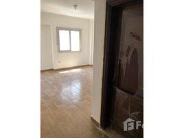 3 غرف النوم شقة للإيجار في Sheikh Zayed Compounds, الجيزة Janna 1