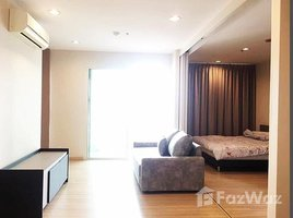 2 Bedrooms Condo for sale in Khlong Ton Sai, Bangkok The Light House