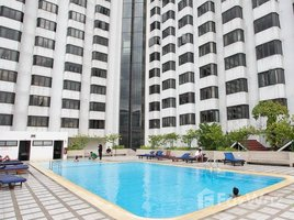 2 Bedrooms Condo for sale in Khlong Toei, Bangkok Omni Tower Sukhumvit Nana