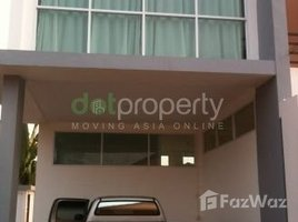 ເຮືອນ 3 ຫ້ອງນອນ ໃຫ້ເຊົ່າ ໃນ , ວຽງຈັນ 3 Bedroom House for rent in Dongnaxok Tai, Vientiane