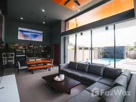 2 Bedrooms Villa for rent in Rawai, Phuket Crystal Villas
