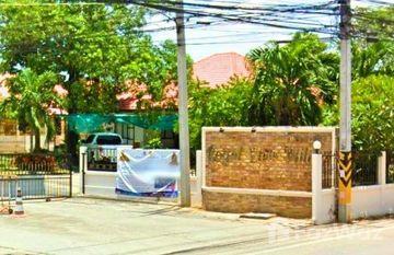 Royal View Village in Nong Prue, Pattaya