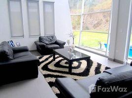 4 Habitaciones Casa en venta en Cumbaya, Pichincha High-End Suburban Living, San Juan de Cumbayá, Pichincha