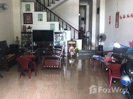 3 Phòng ngủ Nhà mặt tiền bán ở Hòa Minh, Đà Nẵng Cần tiền bán nhanh lô đất + Nhà mặt tiền đường Kinh Dương Vương, cạnh lô góc đối diện cây xăng